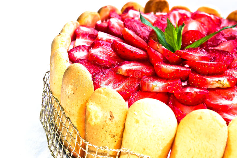 Erdbeere-Kuchen lizenzfreie stockfotos