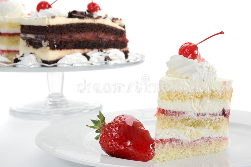 Download Erdbeere-Kuchen-Nahaufnahme Stockfoto - Bild von süß, kirsche: 27726924