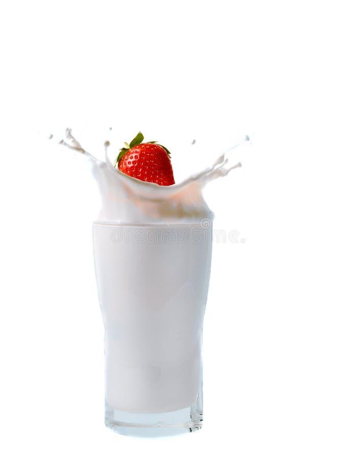 Erdbeere-Spritzen stockfoto