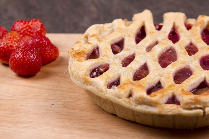 Erdbeere und Apfel lizenzfreies stockfoto