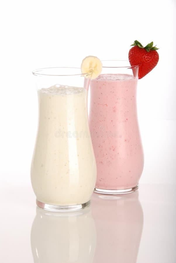 Erdbeere- und BananenMilchshake stockbild