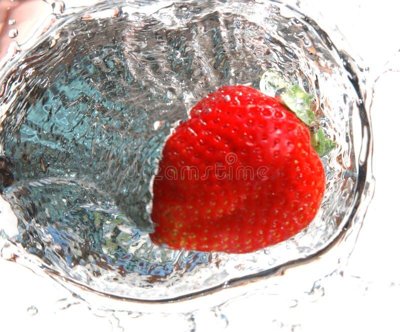 Erdbeerespritzen 4 lizenzfreies stockfoto