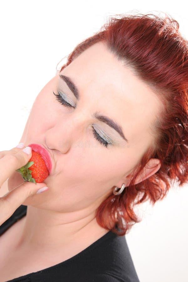 Erdbeerezeit stockbild