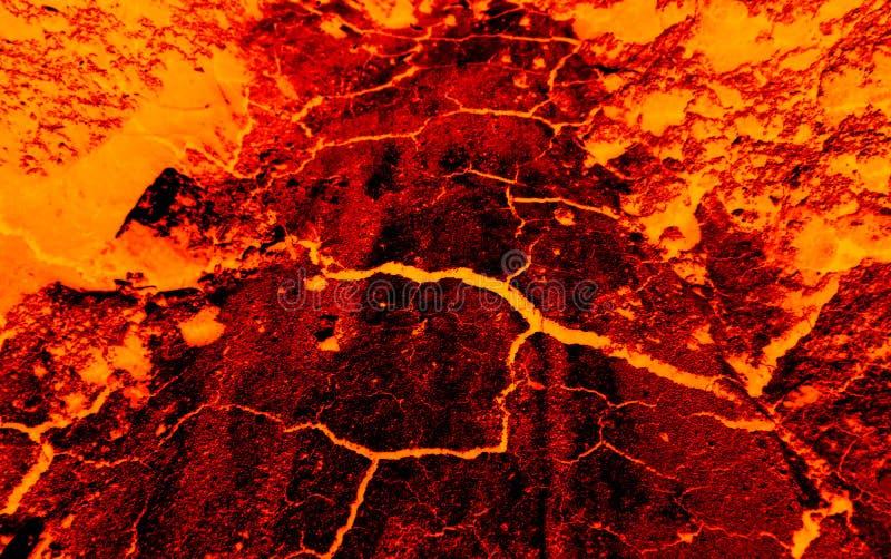 Erde knackt heiße Lava lizenzfreie stockfotografie