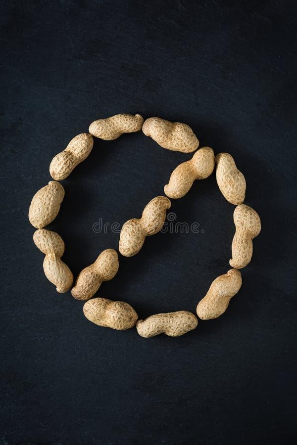 Erdnussallergie - keine Erdnüsse erlaubt stockbilder