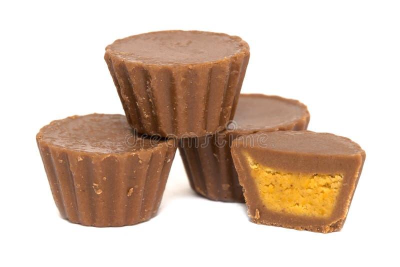 Erdnussbutter-Schalen-Stapel lizenzfreies stockfoto