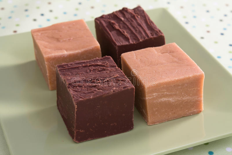 Erdnussbutter u. Schokoladenfondant stockfoto
