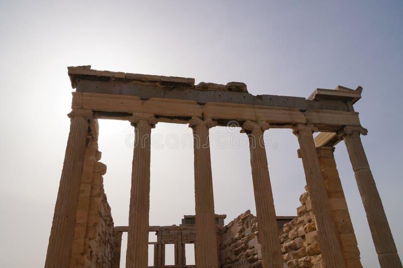 Erechtheion на акрополе в Афинах, Греции стоковая фотография rf