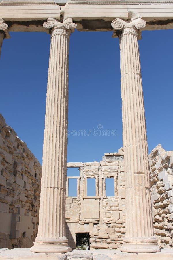 Download Erechtion Dans L'Acropole - Athènes - Grèce Image stock - Image du nuages, saint: 76082575