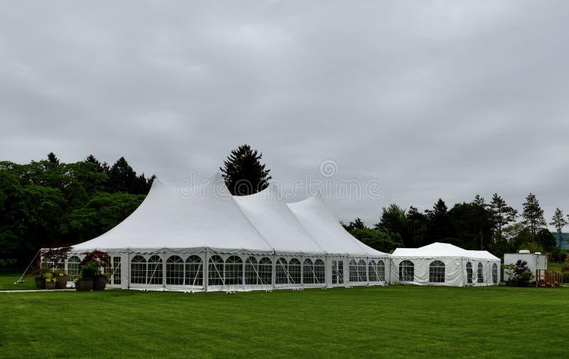 Ereignis-Zelt bei Morton Arboretum lizenzfreie stockbilder