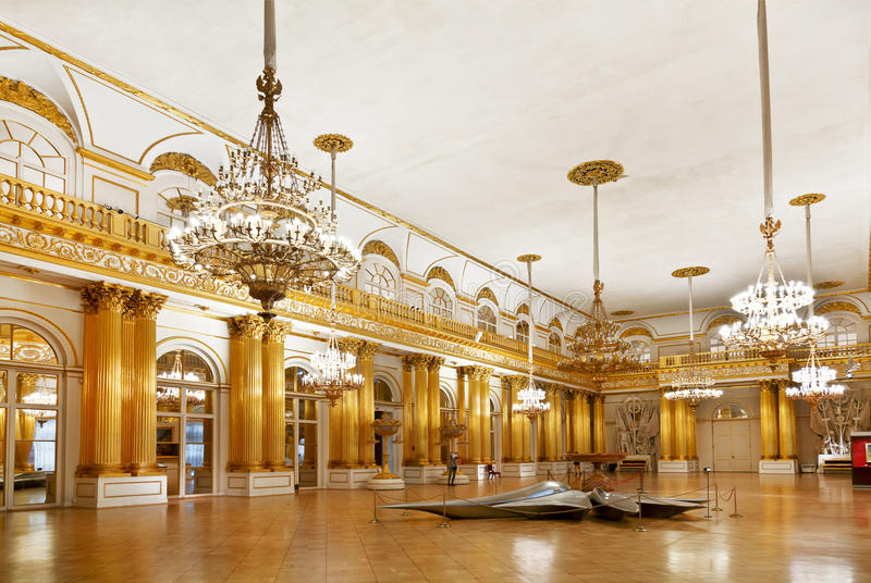 Eremitboningemblem eller heraldiska Hall, St Petersburg, Ryssland arkivbilder