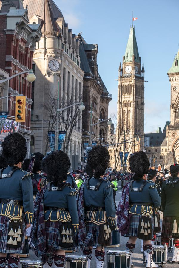 Eremonial vakt av regulatorn General Foot Guards av Kanada, med deras kiltar som st arkivfoto