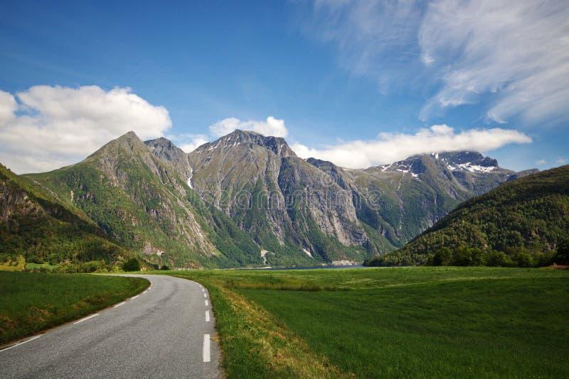 Eresfjord в Норвегии стоковая фотография rf