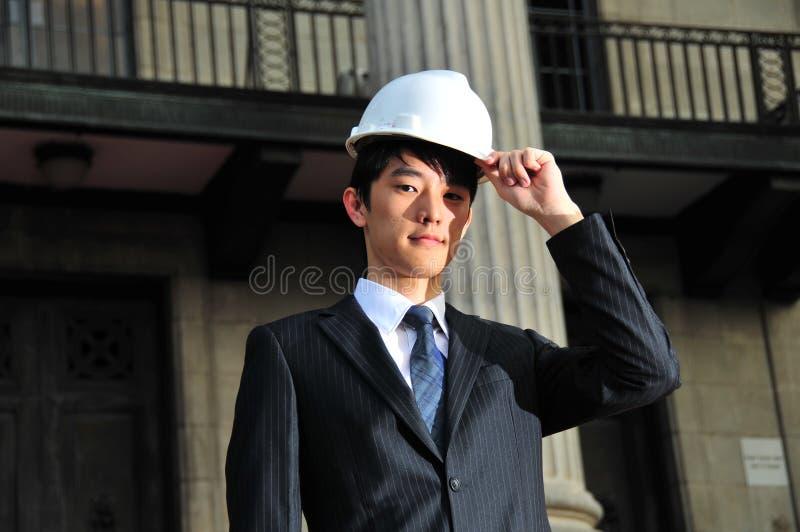 Erfolgreicher asiatischer Ingenieur 11 stockfoto