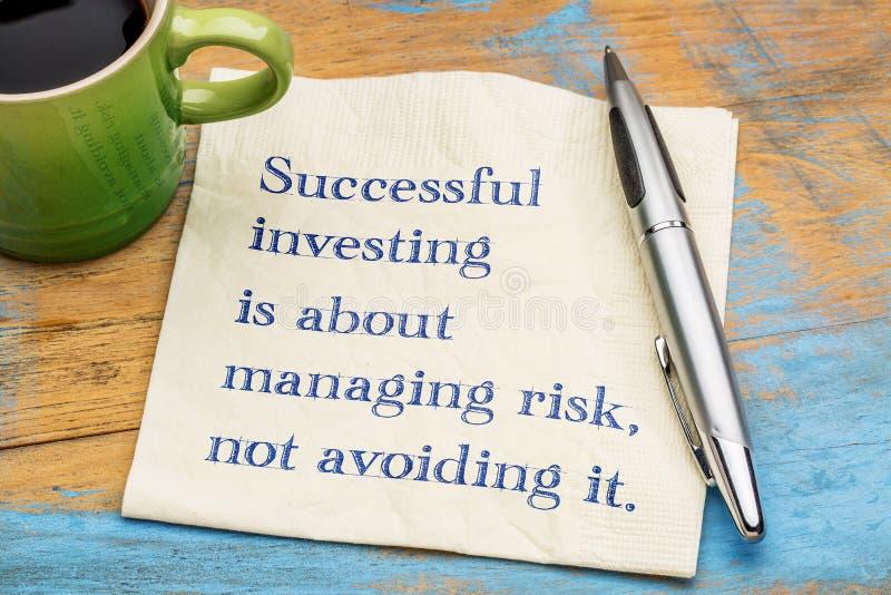 Erfolgreicher Investierungstipp stockbilder