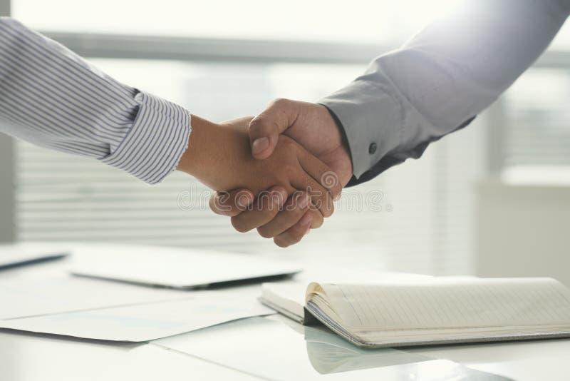 Erfolgreiches Abkommen stockfotos