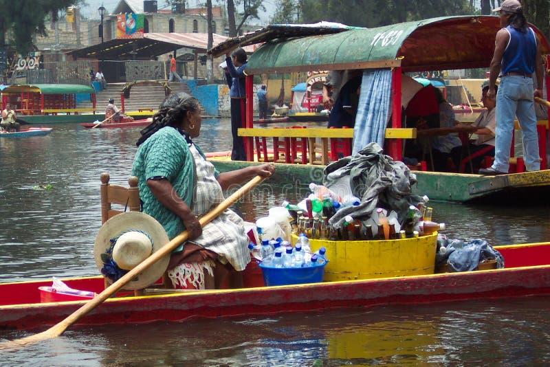 Erfrischungen-Xochimilco Mexiko lizenzfreie stockbilder