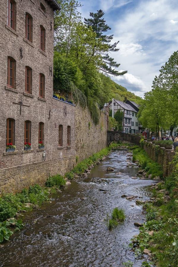 Erftrivier in Slechte Munstereifel, Duitsland royalty-vrije stock afbeelding