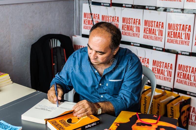 Ergun Poyraz na semana turca da apreciação da literatura imagens de stock