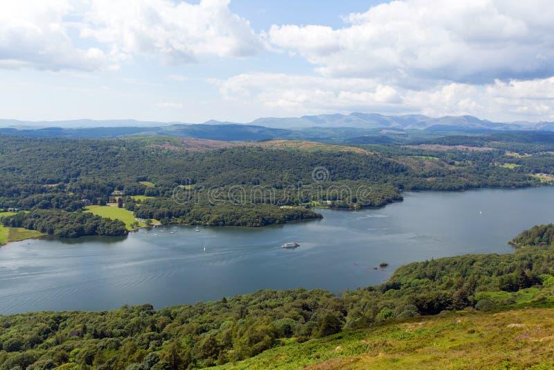 Erhöhter Ansicht Windermere See-Bezirk Cumbria England Großbritannien im Sommer stockfoto