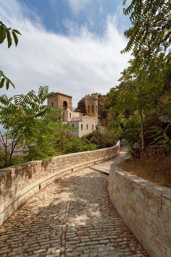 Erice Trapani landskap, Sicilien, Italien - den Pepoli slotten är också bekant som Venus Castle Castello di Venere arkivbilder