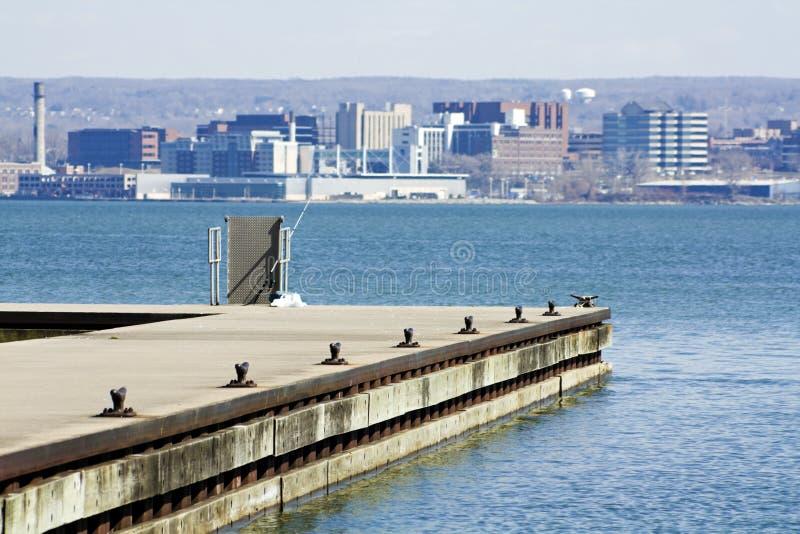 Erie - vue du stationnement photographie stock libre de droits