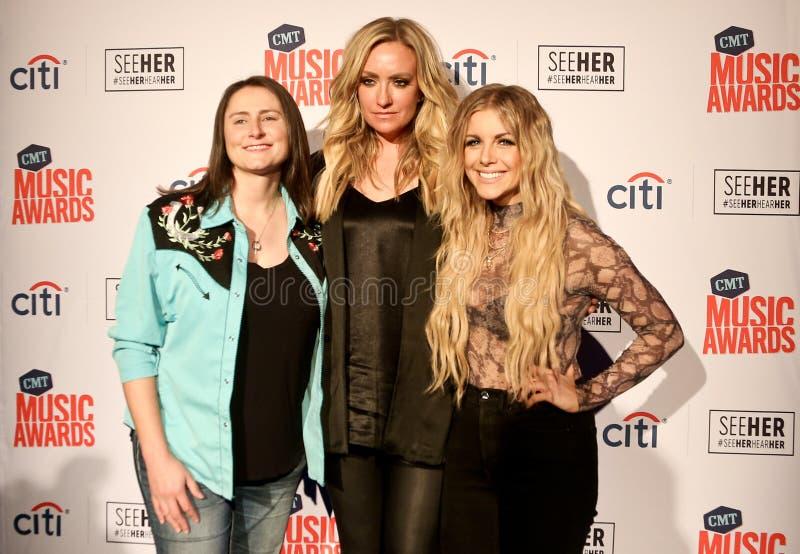 Erin Enderlin, Clare Dunn, Lindsay Ell stock foto's
