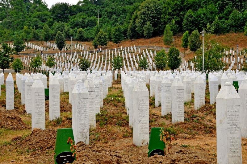 Erinnerungs-cementery Srebrenica stockfotografie