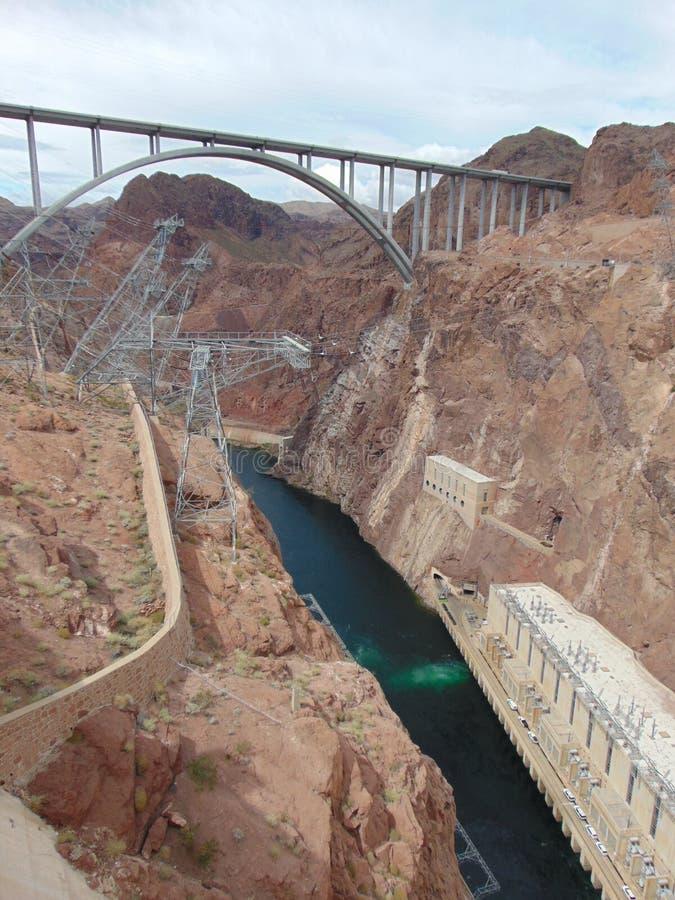 Erinnerungsbrücke Mikes O 'Callaghan-Pat Tillman und Hooverdamm - Nevada und Arizona - USA stockfotos