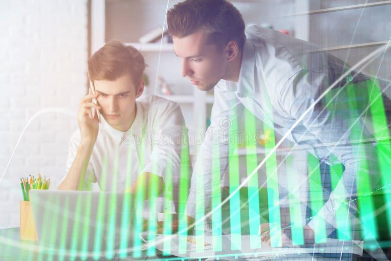Erklären und Gewinnkonzept stockbild