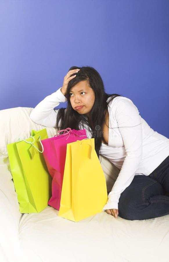 Ermüdet nach dem Einkauf lizenzfreie stockfotos