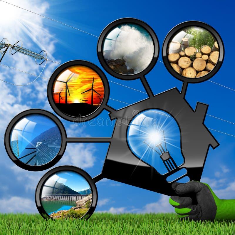 Erneuerbare Ressourcen und Haus mit Glühlampe stockfotos