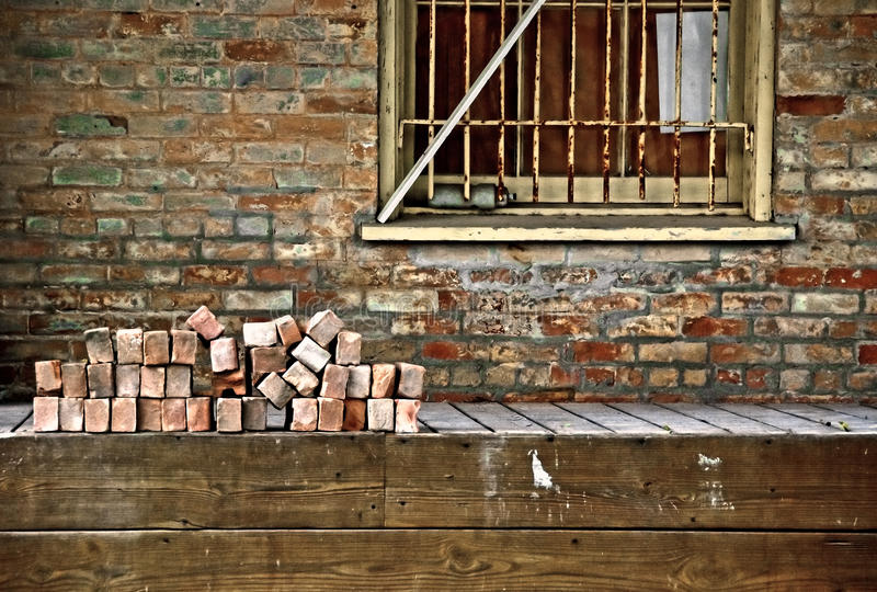Erneuerung des alten Gebäudes lizenzfreie stockbilder