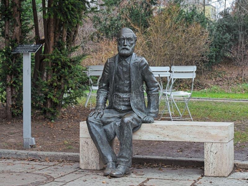 Ernst Abbe-Skulptur in Jena, Deutschland lizenzfreies stockbild