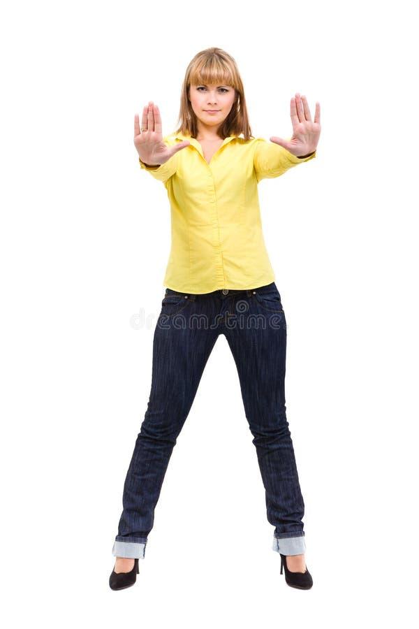 Ernste Frau, die Endhandzeichen-Palmengeste macht lizenzfreie stockfotografie