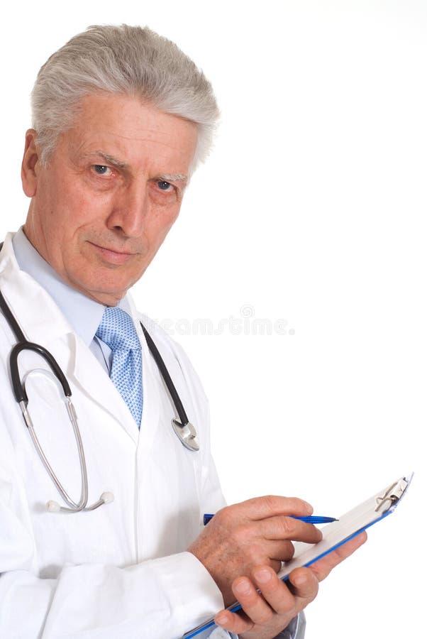 Download Ernster älterer Doktor In Einem Weißen Mantel Stockfoto - Bild von älter, vertrauen: 26370474