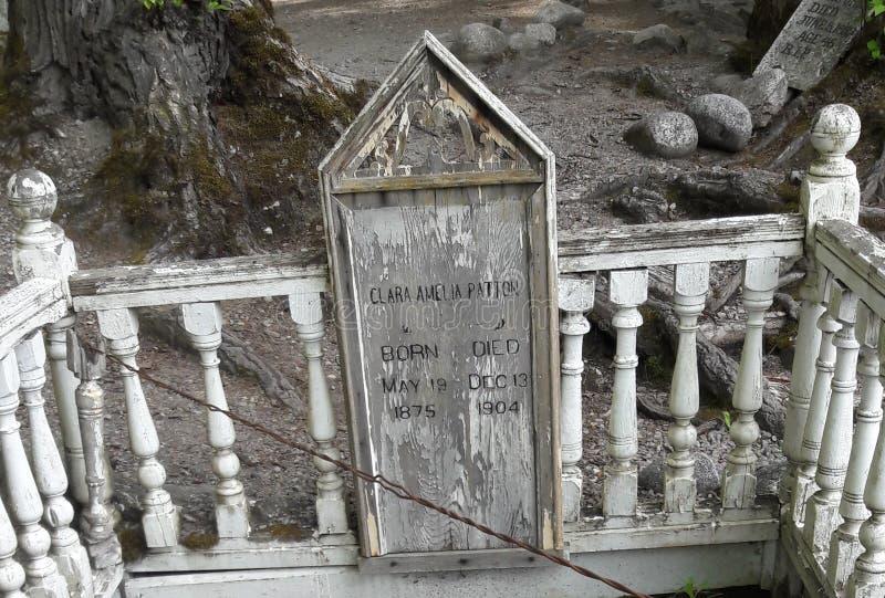 Ernster alter Kirchhof 1898 Markierung Skagway Alaska lizenzfreies stockfoto