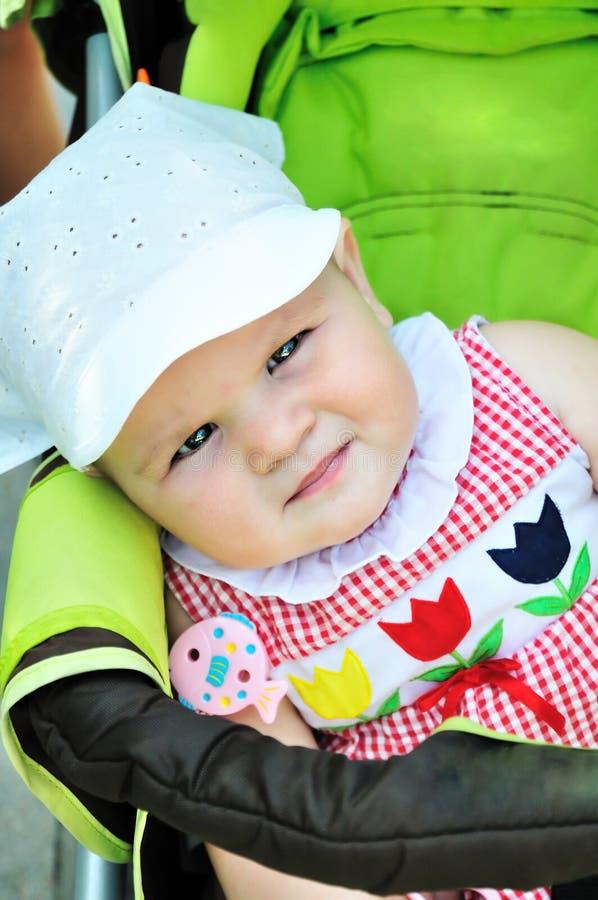 Ernstige baby stock foto's