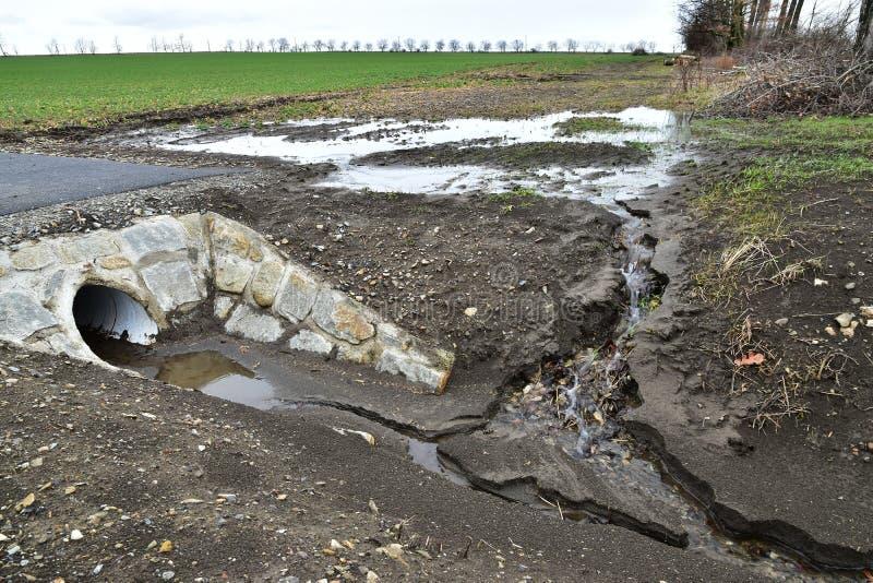 Erosión de agua del suelo de la agricultura foto de archivo libre de regalías