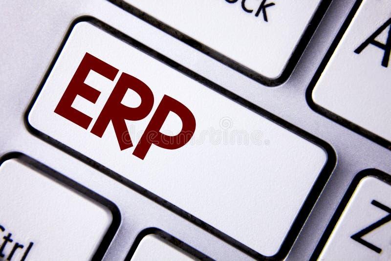 ERP del texto de la escritura de la palabra El concepto del negocio para el planeamiento del recurso de la empresa con automatiza fotografía de archivo libre de regalías