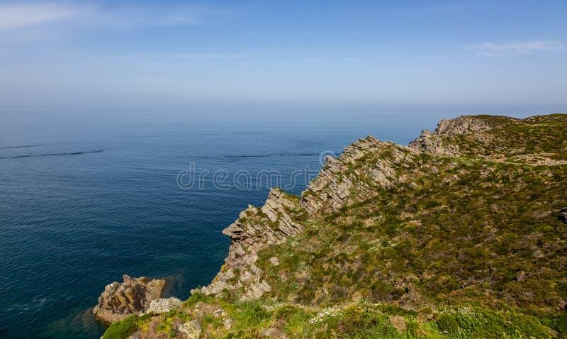 Erquy Cape in der Bretagne stockbild