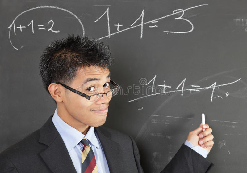 Erreur de pointage de professeur de maths photos libres de droits