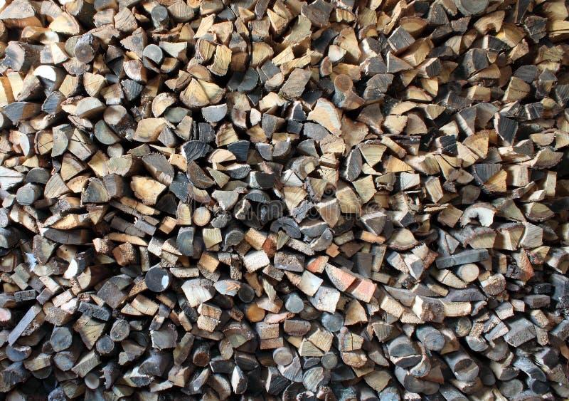 Errichtetes Brennholz lizenzfreie stockfotos