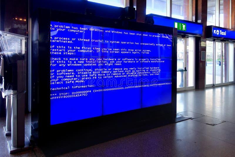 Errore mortale Videowall del computer del sistema immagine stock