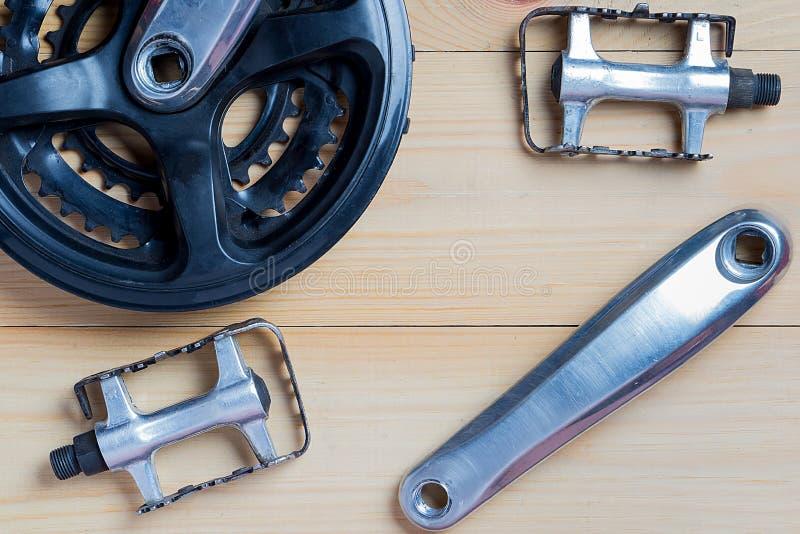 Ersatzteile für Fahrräder: Verbindungsstangen, Pedale lizenzfreie stockbilder