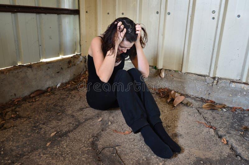 Erschrockene Frau stockfotografie