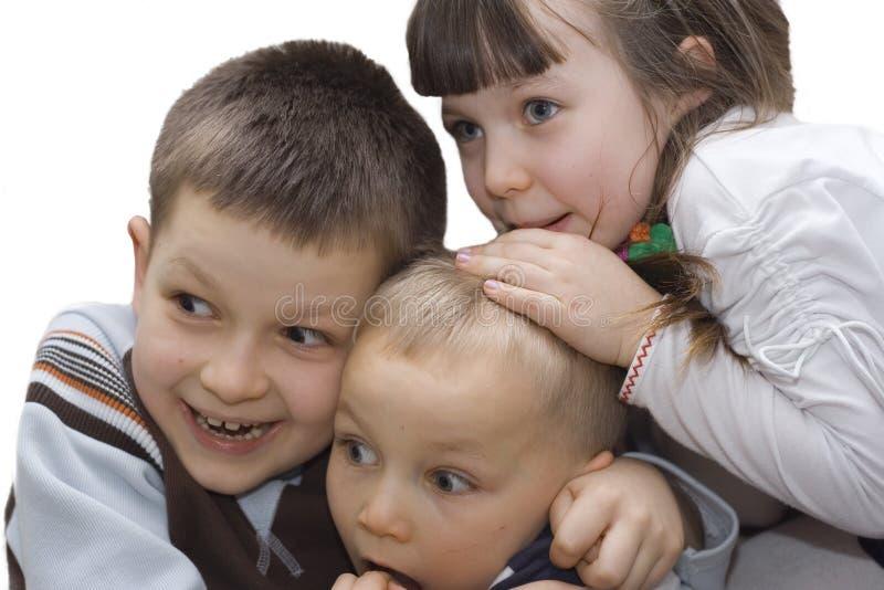 Erschrockene Kinder lizenzfreie stockfotografie
