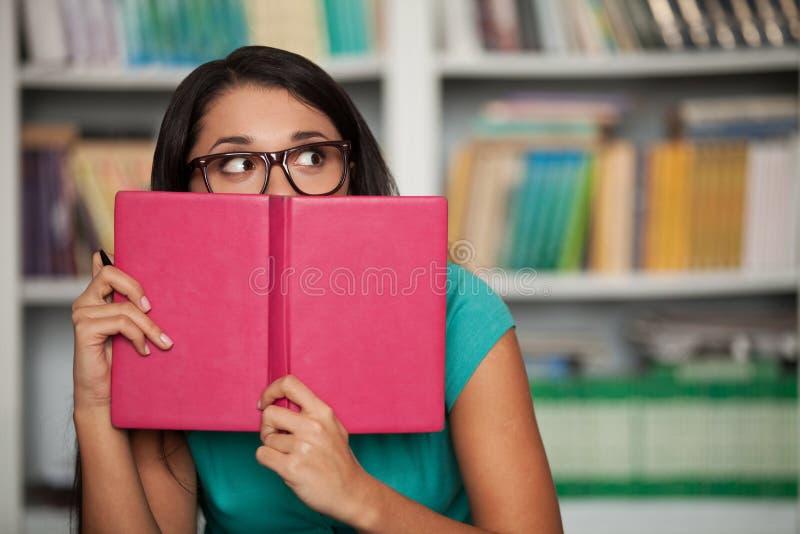 Erschrockener Student lizenzfreie stockfotos