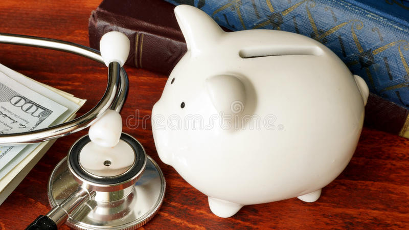 Erschwingliches Gesundheitswesenkonzept lizenzfreie stockfotografie