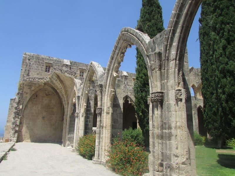 Erstaunlich schöne Ruinen der Templar-Festung Bellopay, 12. Jahrhundert stockfotos